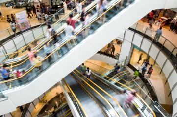 Plazas comerciales recuperan 34% de concurrencia en el mes de junio